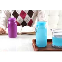 China Blue Color 14Oz Waterproof  food grade Silicone Water Bottle with Customized Logo on sale