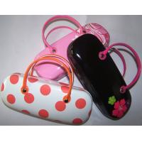 China Hot selling printed handmade sunglasses cases with handle-flower n dot design printed wholesale