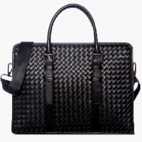 Wholesale Classic Weaving Men'S Cowhide Laptop Messenger Bags from china suppliers