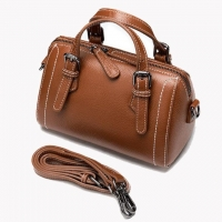 Wholesale Leather Women'S Retro Versatile Cylinder Portable Boston Straddle Bag from china suppliers
