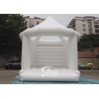 Wholesale 5x4m commercial grade adults white wedding bouncy castle with steeple shape top from china suppliers