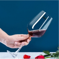 Wholesale Clear Thick Bases LFGB Unleaded Stemmed Goblet Wine Glasses from china suppliers