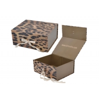 Buy cheap Cardboard CMYK 128gsm Magnetic Packaging Shoe Box FSC For Wine from wholesalers