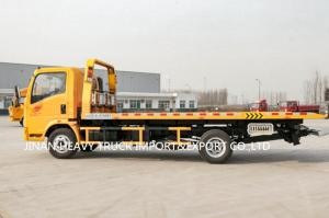Wholesale Factory Direct Sale SINOTRUK HOWO 4*2 6 wheels Light Duty Flatbed Wrecker Truck from china suppliers