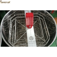 Wholesale Beekeeping 201 Stainless Steel Honey Extractor 4 Frame Manual Honey Extractor from china suppliers