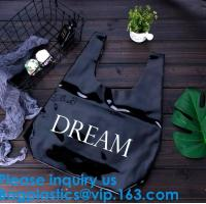 China Vinyl Tote Bag Pvc Handle Bag Shopping Bag Customized Pvc Handle Bag, Pvc Shopping Bag, Pvc Plastic Gift Bag Bagease on sale
