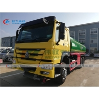 China RHD Howo 6x4 371HP 20m3  20,000liters 20tons Fuel Delivery Tanker Truck For Sale In Kenya on sale