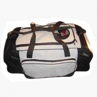 Wholesale Lightweight 600D Polyester Wheeled Duffle Bag Luggage from china suppliers