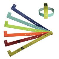 PVC 125khz Active RFID Chip Wristband Dust Proof One Time Use Easy Wearing