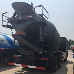 China SINOTRUK HOWO 10CBM Concrete Mixer Truck ZZ5257GJBM3841W Italy hydraulic system on sale