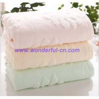 Wholesale 3D Jacquard 420GSM organic cotton amazon pink holiday hand towels from china suppliers