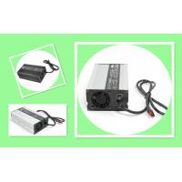 Smart Battery Charger For Electric Golf Cart , 600W 24V 18A Golf Cart Battery Charger