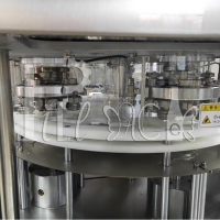 Wholesale 4500CPH Double Head Automatic Servo Motor Can Sealing Machine/ Tin Can Seamer from china suppliers