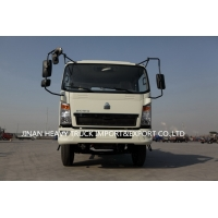 Wholesale HOWO 4X2 light duty truck 4cbm 1000 galons Sewage suction Cleaning water tank Truck from china suppliers