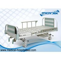 China Anti-age Manual Hospital Beds Aluminum alloy side rails two cranks wholesale
