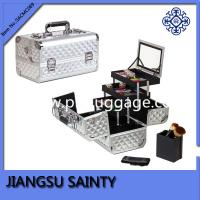 China Solid silver color train makeup cases for uk australia market wholesale