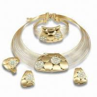 China alloy jewelry set from china with czech crystals and gold