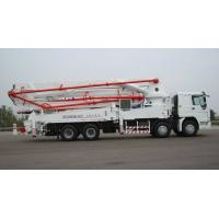 Wholesale 8×4 HOWO Cement Pump Truck / Concrete Boom Pump Truck For Construction from china suppliers