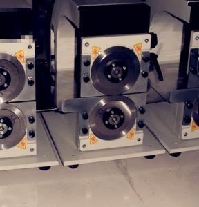 Accuracy Adjusting V Cut PCB Depaneling Machine With Circular Blades