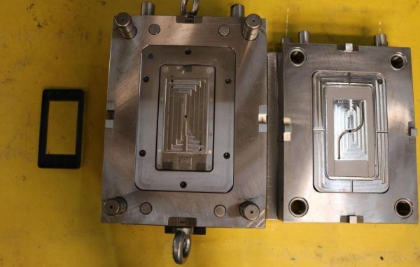 Quality Nylon+GF Pp Pc Abs Plastic Moulding Toy Injection Mold Manufacturer for sale