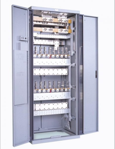 Metal supply cabinet