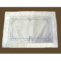 China Placemats Linen Placemat with White Embroidery on sale